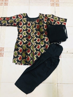 Used 3 year girl dress  in Dubai, UAE