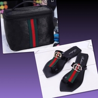 Used Fitflop/39 & Cosmetic Bag in Dubai, UAE