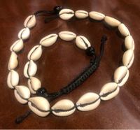 Used Shell necklace and bracelet  in Dubai, UAE
