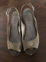 Used Suede sandals from Italy  in Dubai, UAE
