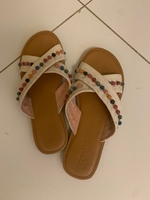 Used Slippers by Toms in Dubai, UAE