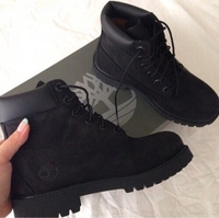 Used Timberlands boots black in Dubai, UAE