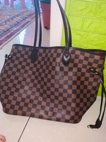 Used Lv bag copy in Dubai, UAE