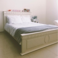 Used Queen size bed in Dubai, UAE