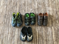 Used 4 pairs o shoes for a boy size 31-32 in Dubai, UAE