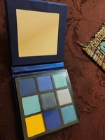 Used Huda beauty eyeshadow new in Dubai, UAE