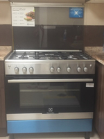 Used 5 Gaz cooker (Electrolux) in Dubai, UAE