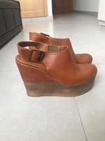 Used Leather platform sandals  in Dubai, UAE