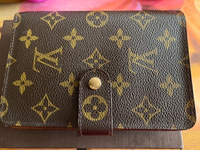 Used Pre loved Louis Vuitton wallet in Dubai, UAE