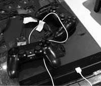 Used PlayStation 4 1TB (excellent condition) in Dubai, UAE