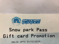 Used SkiDubai Park snow at emirates mall in Dubai, UAE