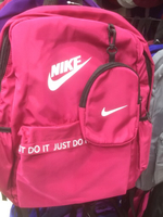 Used Nike back bag  in Dubai, UAE