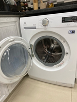 Used Electrolux washing machine  in Dubai, UAE