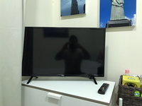 Used Television  in Dubai, UAE