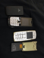 Used 3 used phones- working but w/out charger in Dubai, UAE