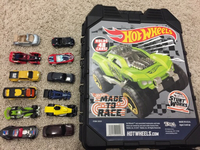 Used Hot wheels cars and storage case in Dubai, UAE