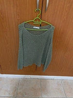 Used Green long sleeve top in Dubai, UAE