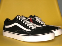 Used VANS old skool black size 42.5 EUR in Dubai, UAE
