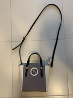 Used Guess Handbag in Dubai, UAE