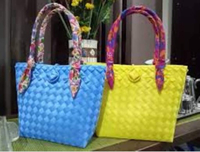 Used colored durable bags in Dubai, UAE