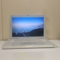 Used MacBook core 2 duo 13 inch in Dubai, UAE
