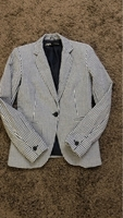 Used Zara lady blazer  in Dubai, UAE