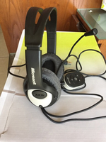Used Microsoft headset with Mike  in Dubai, UAE