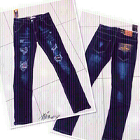 Used Jeans unisex size 30 💙 in Dubai, UAE