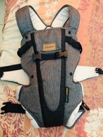 Used GIGGLES ZEN BABY CARRIER ALMOST NEW in Dubai, UAE