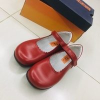 Used Shoebee0030 size 34 in Dubai, UAE
