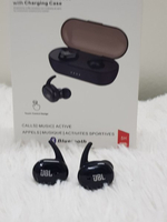 Used JBL Earbuds with charging case e in Dubai, UAE
