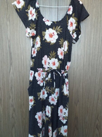 Used Jumpsuit mint condition never been worn  in Dubai, UAE