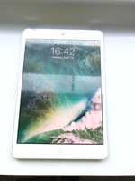 Used Apple Ipad mini 2 64 GB with a box in Dubai, UAE
