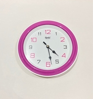 Used Wall clock|ساعة جدار in Dubai, UAE