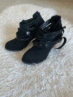 Used Buckle boots size 40 in Dubai, UAE