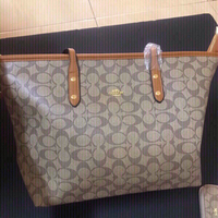 Used Coach bag  and wallet  in Dubai, UAE