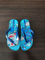 Used Ipanema slippers for a boy size 28-29 in Dubai, UAE