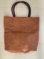 Used Hand bag in Dubai, UAE