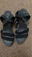 Used 💯 original CROCS sandals  in Dubai, UAE
