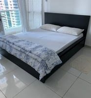 Used Bed with storage + 2 extra storage  in Dubai, UAE