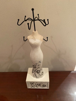 Used Jewellery stand.   in Dubai, UAE