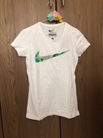 Used Ladies' NIKE Logo White T-Shirt Medium in Dubai, UAE