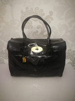 AUTHENTIC MULBERRY GENUINE LEATHER BAG..