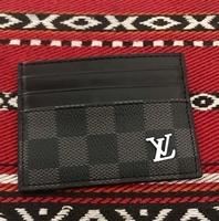 Used Lv Cardholder new in Dubai, UAE