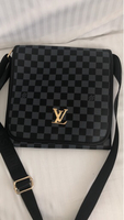 Used First copy Louis vittoun bag in Dubai, UAE