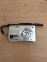 Used NIKON COOLPIX CAMERA S4200 (SILVER) in Dubai, UAE