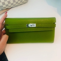 Used Hermes Kelly classic wallet  in Dubai, UAE