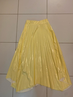 Used Pleated vinyl skirt in Dubai, UAE