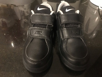 Used Kids original nike shoes  in Dubai, UAE