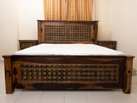 Used Solid wood king size bed in Dubai, UAE